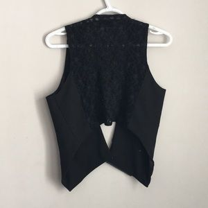 Tuxedo vest with lace backing black , Foxy jeans